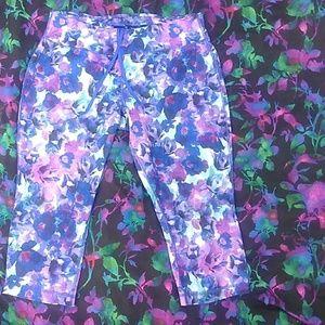 Danskin Now  Floral Print Workout Capris